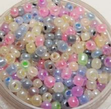 Seeds beads - pastel shades x approx 1000.